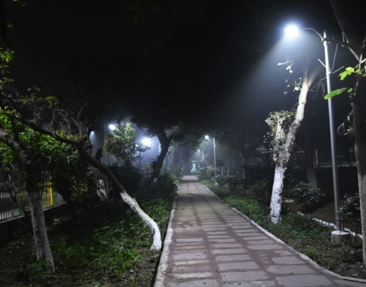 World's largest LED street light replacement project launched in Delhi